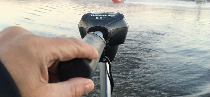 「エレキをボートに設置」始めての時の注意事項「高滝湖の場合」